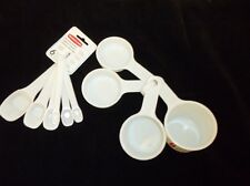 RUBBERMAID PLASTIC MEASURING CUPS & SPOONS SET WHITE NEW 8316-AS & 8315-AS