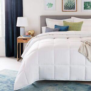 LINENSPA All Season Hypoallergenic Down Alternative Microfiber Queen Comforter