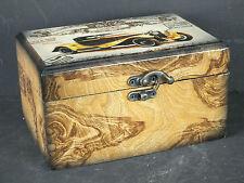 Schmuckkasten Kassette aus Holz mit schönen Oldtimer Verzierungen