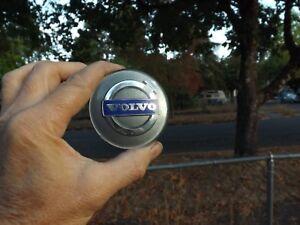 Volvo C70 S60 S70 S80 V70 XC70 2003-17 Grey Center Cap Part # 30666913