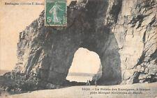 La pointe des Korrigans à DINANT - Près de  Morgat - (environs de Brest) -