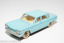 DINKY TOYS 552 CHEVROLET CORVAIR LIGHT BLUE EXCELLENT CONDITION