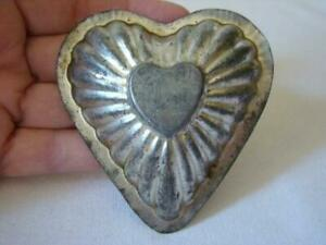 Antique Primitive PUFFY HEART Within Heart Ribbed Chocolate Candy MOLD TIN