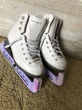 Riedell Pearl Used Figure Skates - Size Youth J12