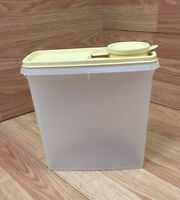 Vintage Tupperware Store N Pour Cereal Container 469-21 Golden Yellow Lid