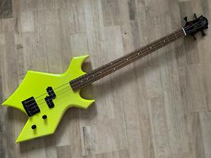 BC RICH - B.C. Rich - 80er Warlock Bass N.J. Series - Hammeroptik - Supersound!