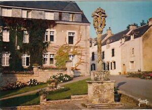 Rochefort-en-Terre, Bretagne, le place de l'Eglise, Le Calvaire ngl G4648