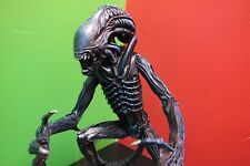 RARE Dark Horse Aliens Xenomorph Statue Signed by Randy Bowen