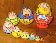 Russian 10 tiny nesting dolls Latisheva hand painted Dad Accordion Matryoshka