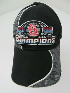 St Louis Cardinals 2006 World Series Fitted M/L Adult Baseball Ball Cap Hat