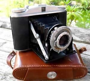 Fotoapparat, Agfa Isolette II, Klappkamera mit Ledertasche