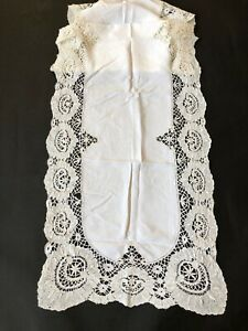ANTIQUE LINENS- CIRCA 1900's , TABLE RUNNER W/BEDFORDSHIRE,CLUNY LACE