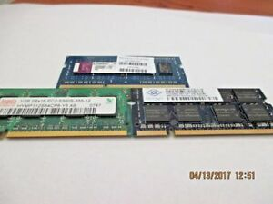 1 Kingston, 1 Hynix, and 1 Nanya  all are 1GB memory sticks each....Total of 3GB