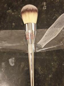 It Cosmetics Ulta all over powder brush #211 huge brush full size brand new