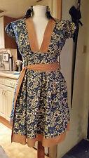 New Blue with White Floral + Beige Trim Tie A Line V Neck Dress Sz M Shopaholic