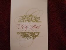 The Holy Bible: New Testament, English Standard Version 2009 Christmas Gift PB