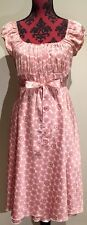 Target Stretchy dress size 8 Fully Lined With Tie Waist Very Pretty