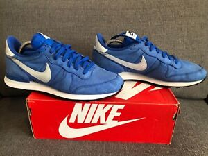 Nike Internationalist vintage size 9