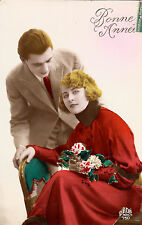 CE55.Vintage French Tinted Greetings Postcard. Romantic Couple.