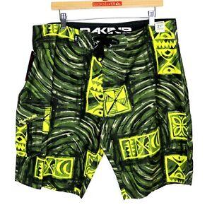Dakine Poi Pounder Board Shorts Green Artist Series Mens Size W34