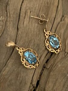 Vintage 9ct Gold  Blue Topaz Pierced Open Work Pair Ladies Drop Dangle Earrings