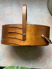 Shaker Community sewing box basket wood finger lap handle antique original