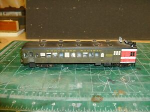 HO WALTHERS  MOTOR CAR, IN NORTHERN PACIFIC LIVERY, WITH DIGITRAX DCC DH126D