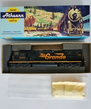 HO Scale Athearn 4503 Rio Grande SD40T-2 Powered Diesel Locomotive #5378 - NIB