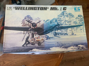 1/48 Trumpeter #02808 Vickers Wellington Mk.IC