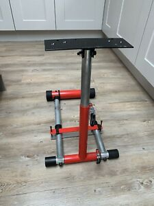 Wheel Stand Pro folding wheel and pedal stand