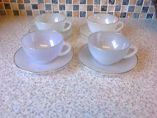 Vintage Arcopal France opalescente tazas y platillos x 4