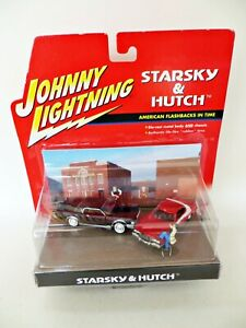 JOHNNY LIGHTNING 'STARSKY & HUTCH FORD TORINO, LINCOLN & FIGURES' 1:64 MIB/BOXED