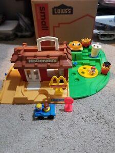 Vintage Fisher-Price Little People McDonald's Restaurant Playset