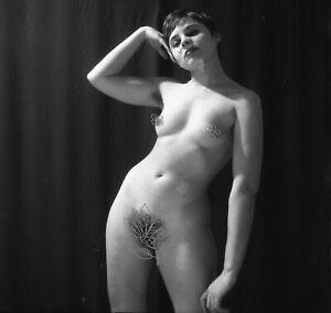 b. Art negative - Nude woman in pose   5.5 cm x 5.5 cm