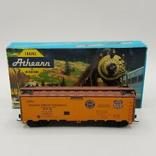 Athearn HO Scale 40' Pacific Fruit Express #45688 Reefer Union Pacific Vintage