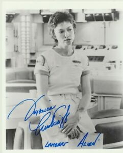 "Veronica Cartwright signed 10"" x 8"" photograph - Alien - P334"