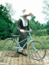 1/35 Scale Cornet nun with bicycle - Religieuse coiffe à cornette et sa bicycle