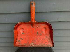 Vintage pressed steel industrial dust pan dustpan PN Patent Novelty Co red worn