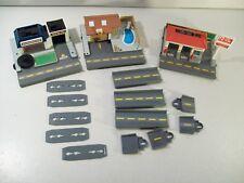 LOT OF 3 VINTAGE MICRO MACHINES STREET CORNERS 27 MAPLE AVE JIFFY LUBE DEALER