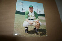 OAKLAND A'S GENE TENACE UNSIGNED 8X10 PHOTO POSE 2