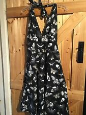 """Girls / Young Ladies Halter Neck Dress Chest 26"""" - 28""""  Approx Size 6 Ladies."""