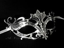 Fantastic Silver Female Metal with Clear Crystal Party Mask