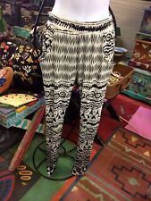 Blk Wh Tribal Print Knit Slacks Pants Elastic yoga  Side Pockets  Narrow Ankle S