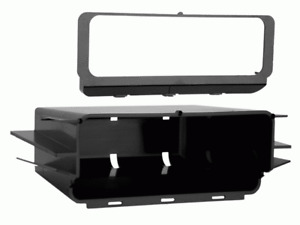 Metra 88-00-3302 1995-2001 GM Truck & SUV Cassette CD Player Replacement Pocket