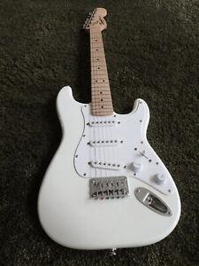 Fender SQUIER Mini Strat, Artic white, Indonésie - Guitare Électrique