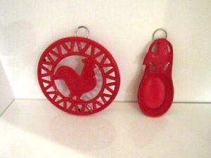"""Cast Iron Red Enameled 8"""" Round Trivet Rooster Chicken & Spoon Rest Wall Art"""