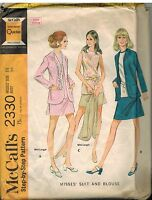 2330 Vintage McCalls Sewing Pattern Misses Suit Blouse Jacket Career 1970's OOP