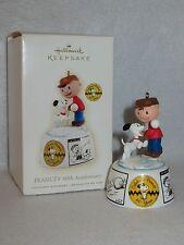 """""""Peanuts 60Th Anniversary"""" 2009 Hallmark Peanuts Ornament Qk4312 - Mib"""