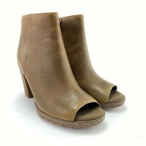 Timberland Women's Tillston Beige Full Grain Leather Heeled Ankle Boots Size 7 M