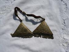 Orientalisches Messing Gegenstand alt Religion Verehrung Metall Schnurr alt